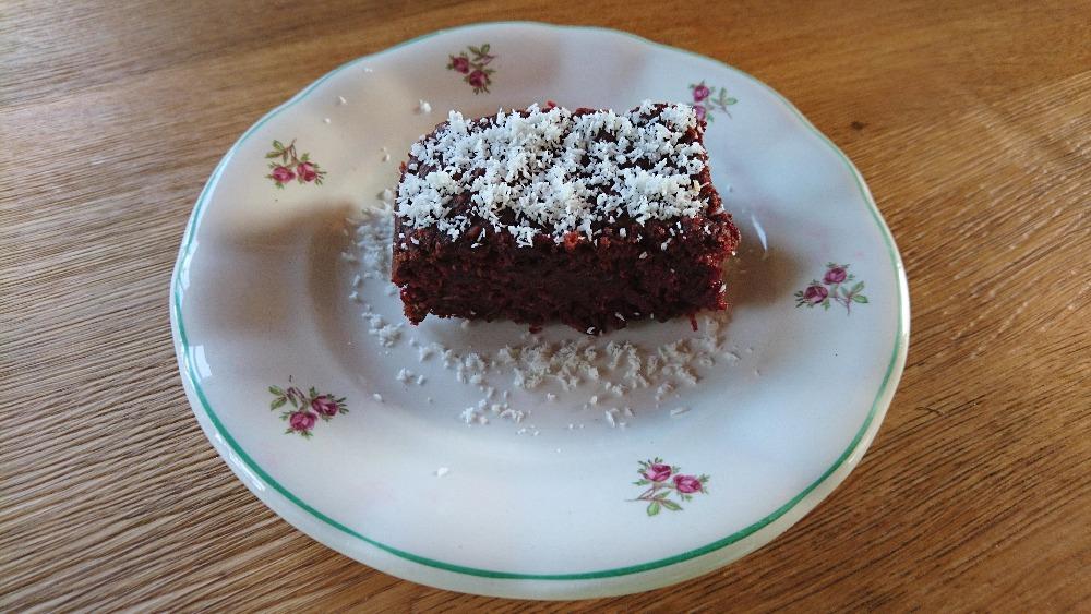 Čokoládová buchta z červené řepy – bezlepková, vegan